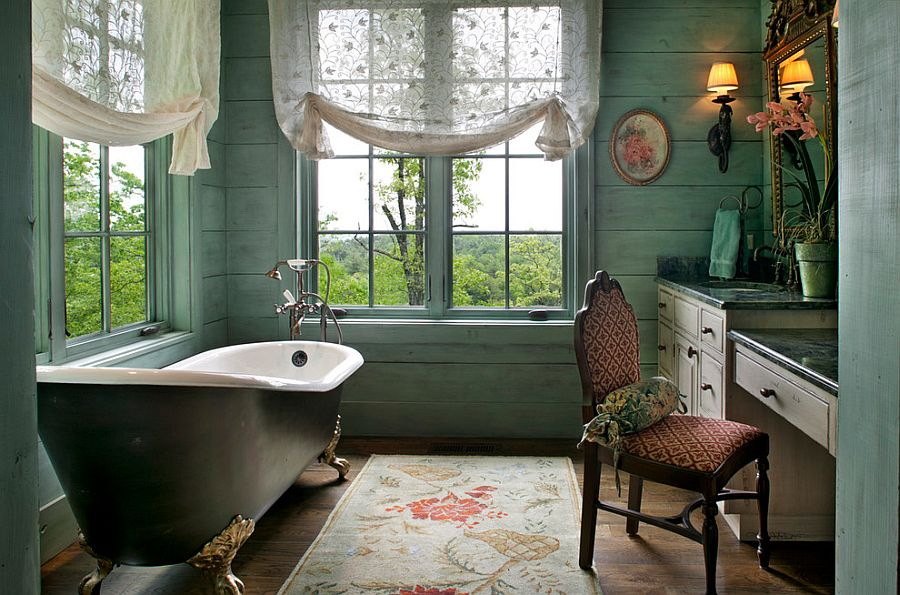 4 Glaring Signs It\'s Time For a Clean, New Bathtub