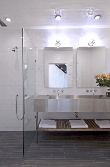 How to Choose the Best Material for Bathroom Fixtures - Stainless Steel Bathroom Fixtures