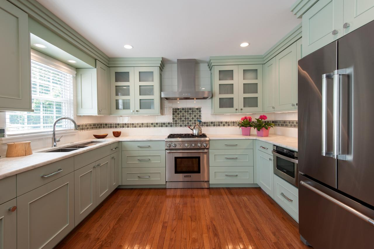 7 of the Most Popular Kitchen Layout Options for Your Home - U-Shaped Kitchen