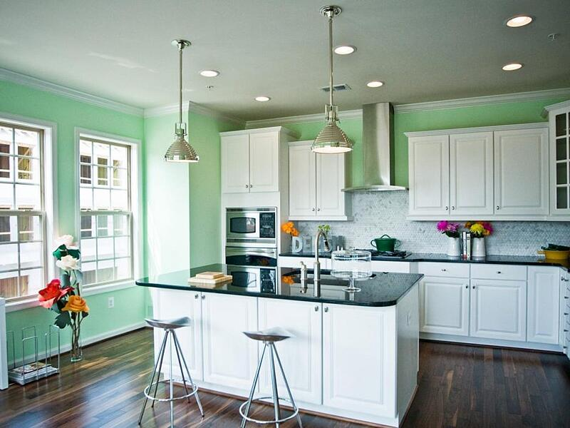7 Ways to Go Green Around the House (Indoors and Outdoors! - Upgrade an Appliance