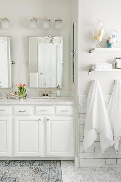 7 Apartment Bathroom Ideas For Your First Place - Upgrade the Lighting