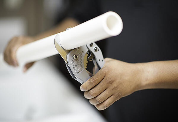 5 Helpful Plumbing Tips for Around the House - Cut a PVC Pipe