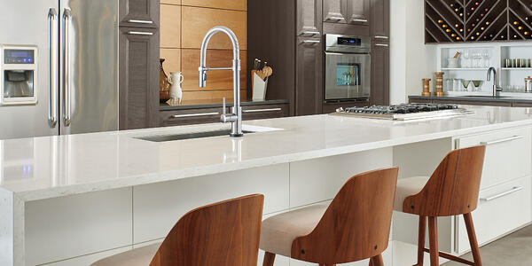 6 Tips for Creating a Chef's Kitchen at Home - Delta Kitchen Faucet