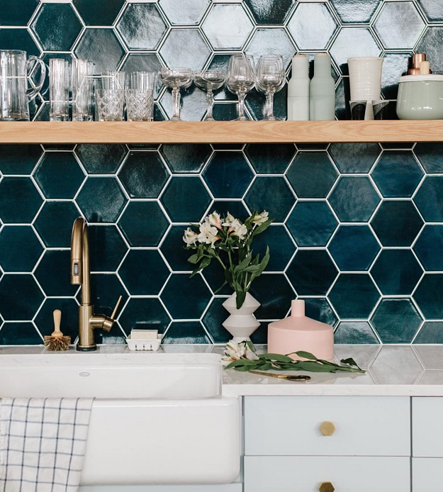 Kitchen Tiles - How to Use Them in Your Home - Dark Hexagonal Kitchen Backsplash