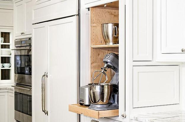 7 Tips for Creating the Perfect Minimalist Kitchen - Hide Away Appliances