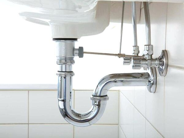 5 Helpful Plumbing Tips for Around the House - If You Can't Cut a Pipe