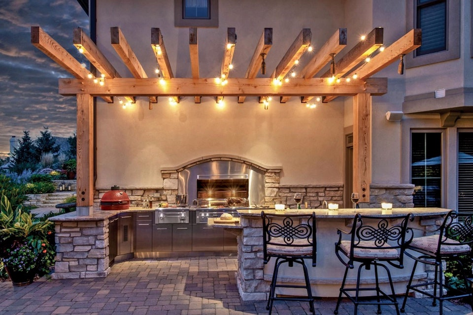 5 Essentials for the Perfect Outdoor Kitchen - Outdoor Kitchen Lighting