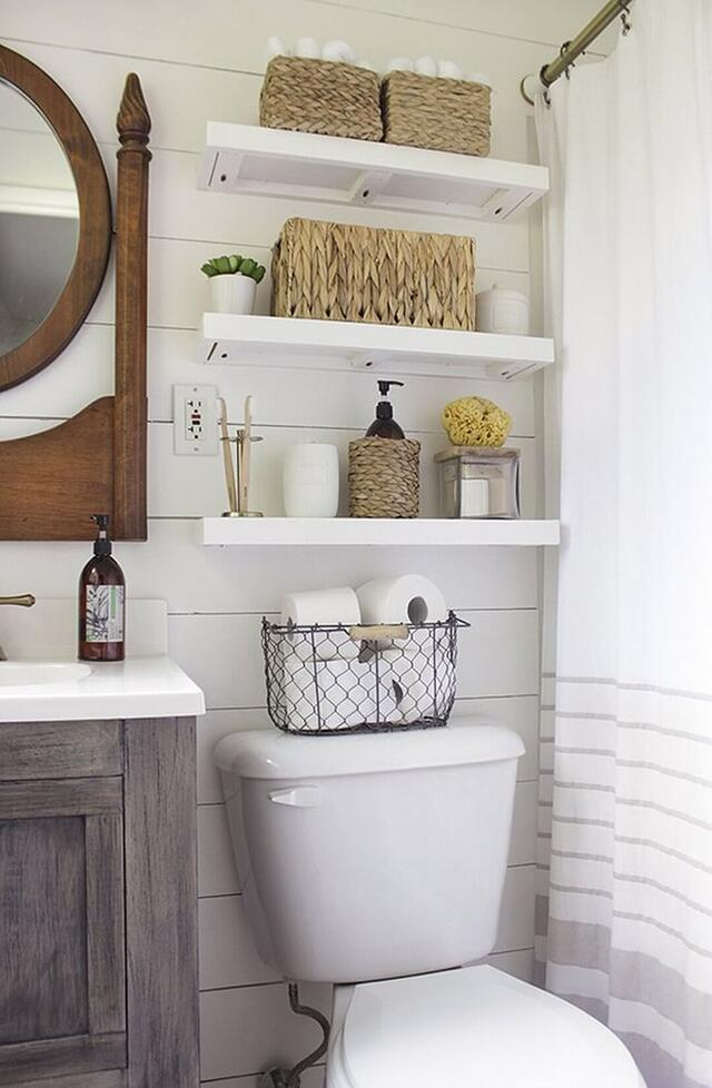 6 Easy Ways to Clear Out Bathroom Clutter This Weekend - Make the Most of Your Space