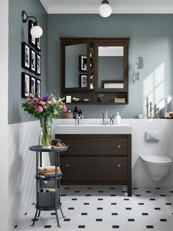 7 Apartment Bathroom Ideas For Your First Place - Cover or Paint Your Walls