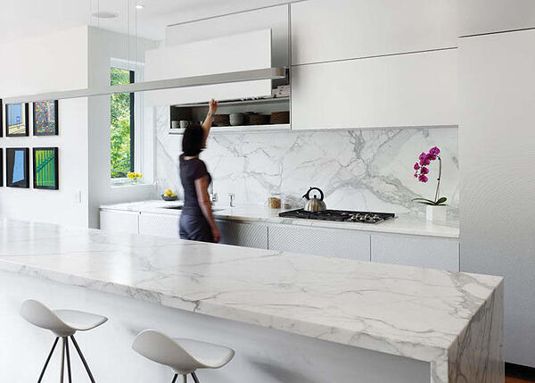 7 Simple Kitchen Ideas for a Beautiful Minimalist Home - Simple White Kitchen