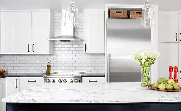 7 Simple Kitchen Ideas for a Beautiful Minimalist Home - Simple Subway Tiles