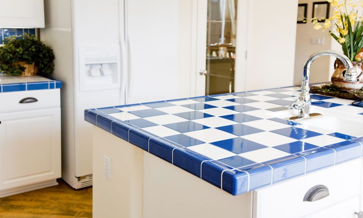 Kitchen Tiles - How to Use Them in Your Home - Tiled Countertops in Kitchen