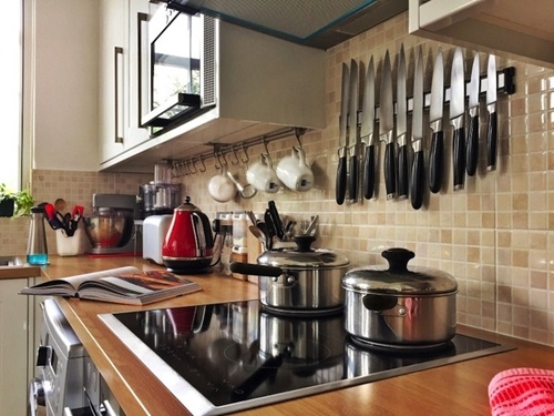 A-simple-kitchen-can-also-be-a-small-one-_16001529_40043299_0_14138061_500
