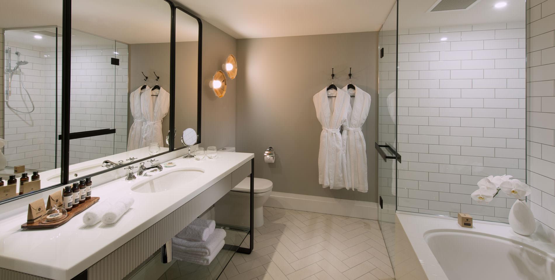 hotel bathroom mayfair king suite
